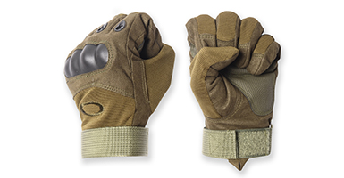 The Best Tactical Winter Gloves For Every Budget